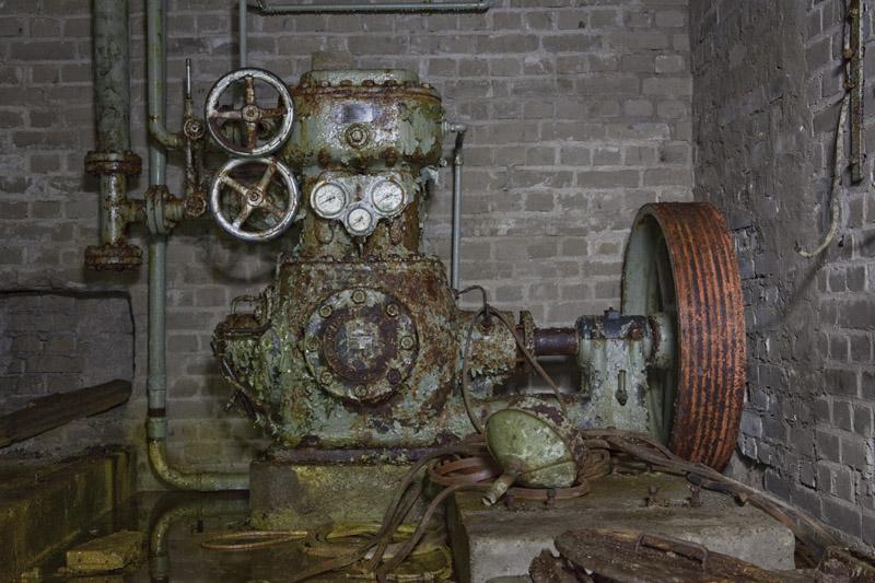 tyfors_underjord_elmachine