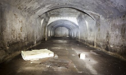 Underground war shelter (AT)