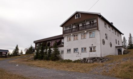 Mountain lodge B (NO)