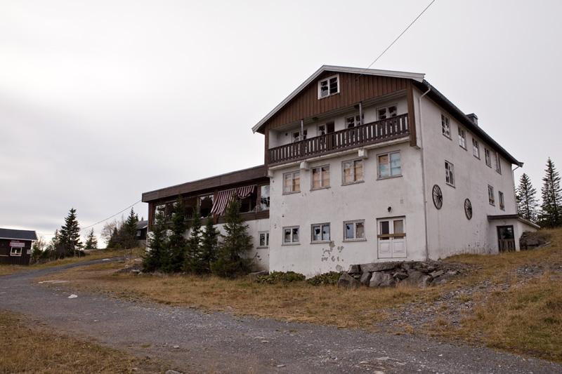 bislingen_exterior2
