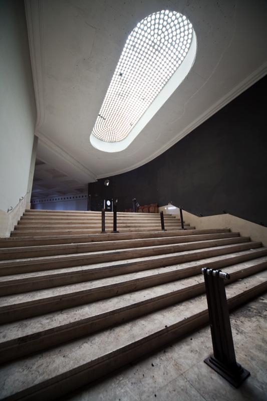 jeusette_hallway1b