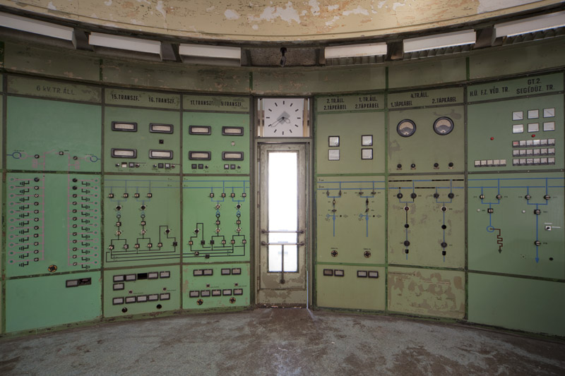 powerplant_controlroom_door