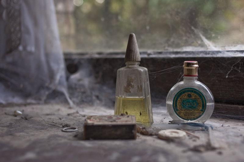 Villa O - Perfume bottles
