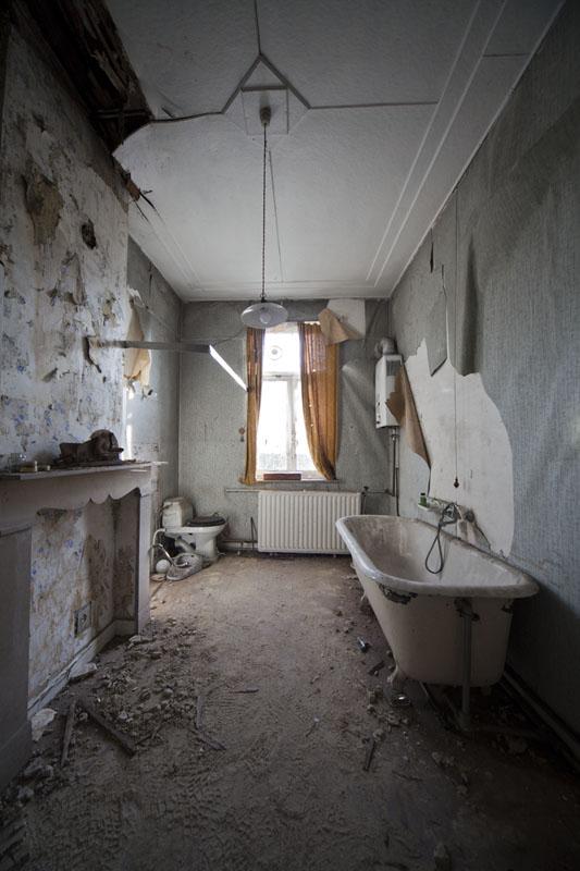Villa O - Bathroom high