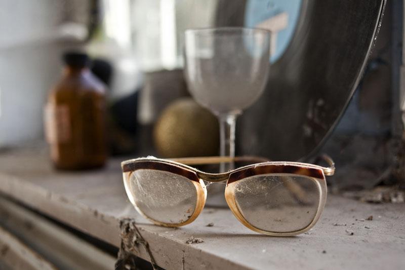 Villa O - glasses