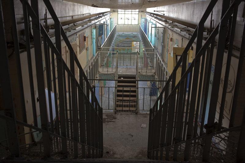 Prison H15 - Stair down