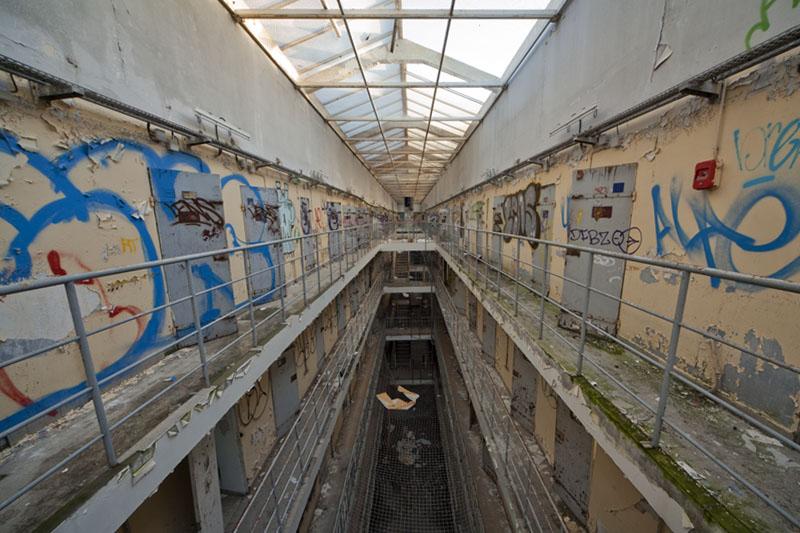 Prison H15 - Cellblock top